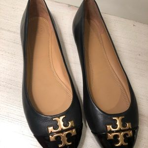 NEW Tory Burch black leather flats